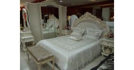 Глянцевые спальни: каталог с фото и ценами