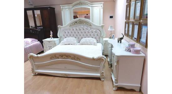 Спальня в стиле классика Касандра (бежевая)